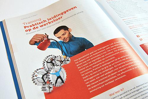 Opleidingsgids, elk half jaar een nieuw grafisch ontwerp. IMK opleidingen uit Alphen aan den Rijn. Illustratie Praktisch leidinggeven op werkvloer.