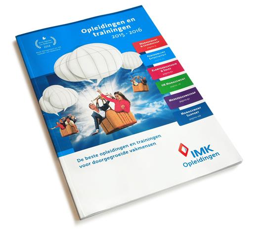 Cover van de opleidingsgids, elk half jaar een nieuwe uitgave. IMK opleidingen uit Alphen aan den Rijn.